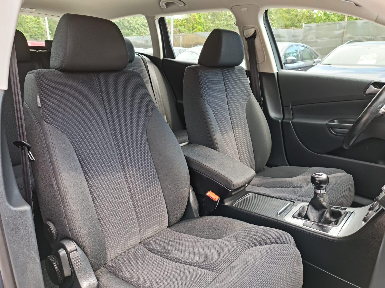 VW PASSAT KOMBI 2.0 TDI full